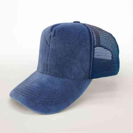 Gorra Trucker   Azul algodón pigmentado   Visera curva